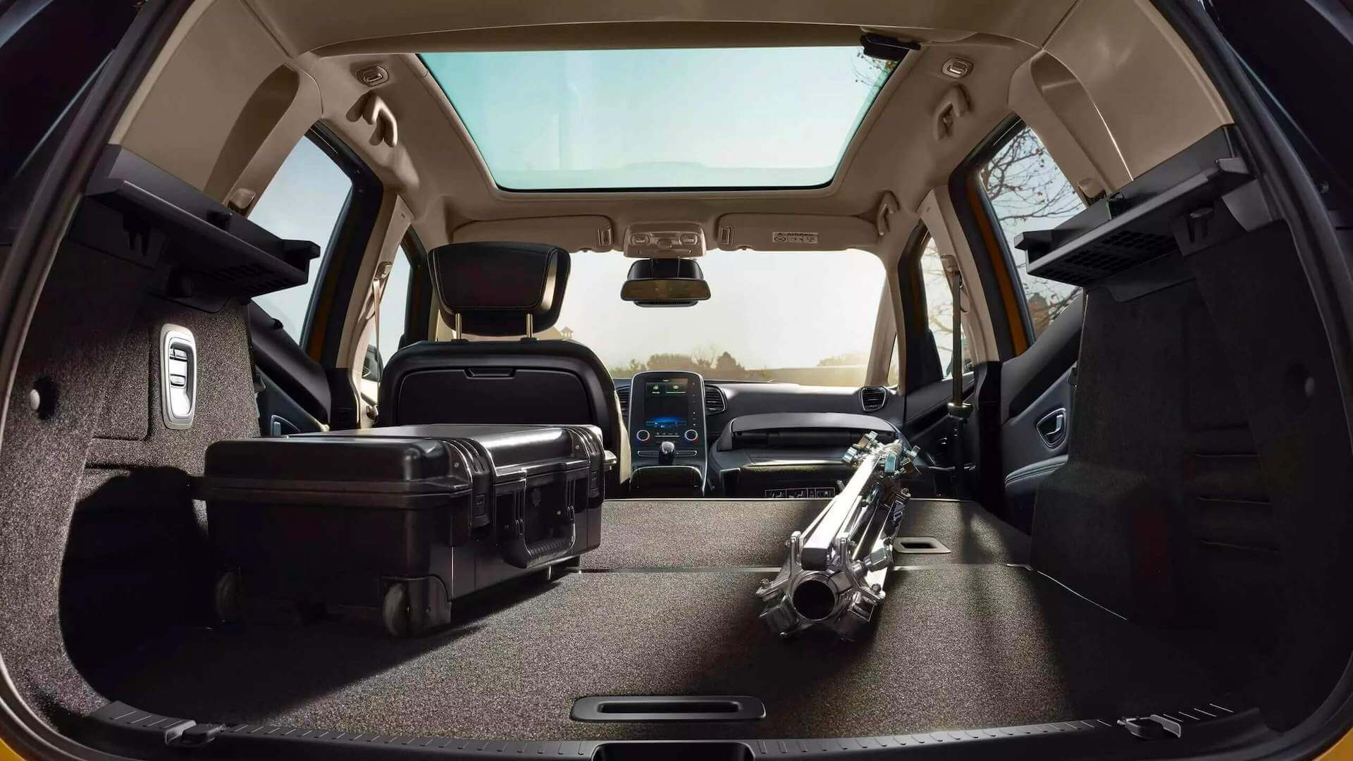 Kofferraum - Stauraum vom Auto - Renault Scenic - Renault Ahrens Hannover